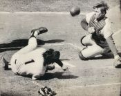 Jim French tagging out Bobby Murcer